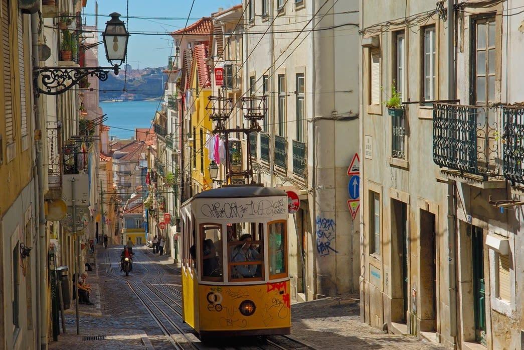 24 hours of Food in Lisbon: Breakfast, Lunch & Dinner